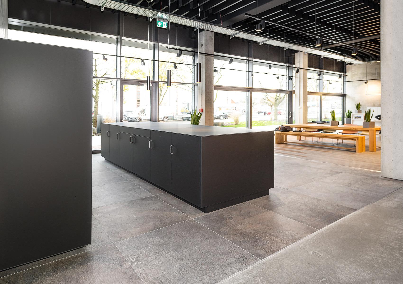 Ladenausstattung Küche/Bar – Reiner Knabl – Möbelwerkstatt